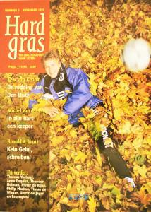 Hard Gras, Nr 5, November 1995 is een literair voetbaltijdschrift met medewerking van Thomas Verbogt, Michel Van Der Plas, Anna Enquist, Theodor Holman, Pieter De Rijke, Ronald Giphart, Youri Mulder, Philip Markus, Kees Van Kooten, Theun De Winter en Gerrit De Jager