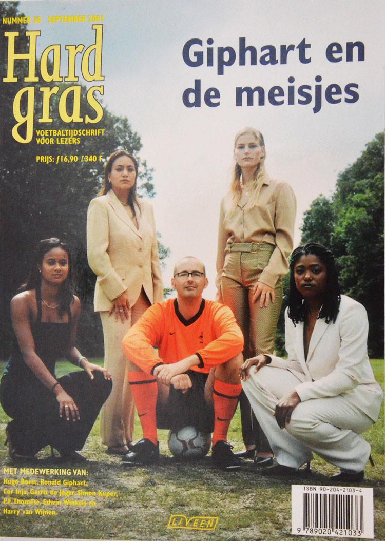 Hard Gras, Nr 28, September 2001 is een literair voetbaltijdschrift met medewerking van Hugo Borst, Edwin Winkels, Simon Kuper, P.F. Thomese, Ronald Giphart, Cor Inja, Harry Van Wijnen, Gerrit De Jager