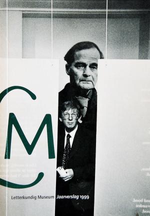Letterkundig Museum Jaarverslag 1999 is een boekje uit 2000 met een foto van Ronald Giphart en mij (Hans Gaarlandt)